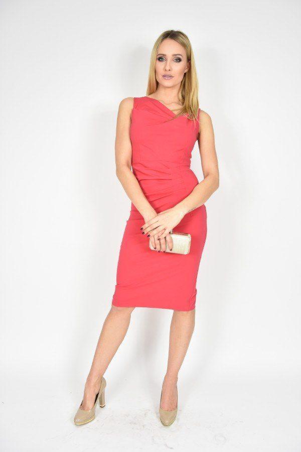Sukienka ołówkowa Rinascimento czerwona